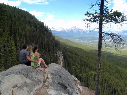 Visiting Jasper National Park, Edge of the World Jasper