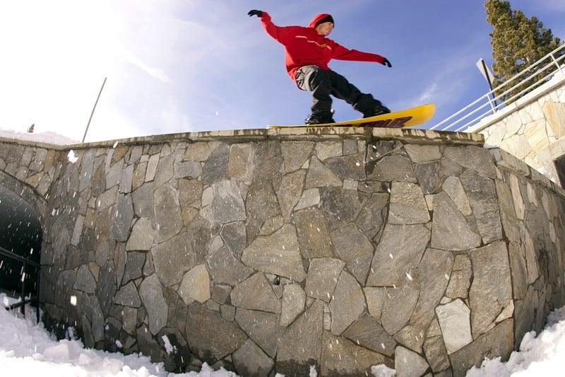 Mammoth Snowboarding Grim Lab