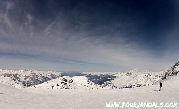 Skiing Three Valleys