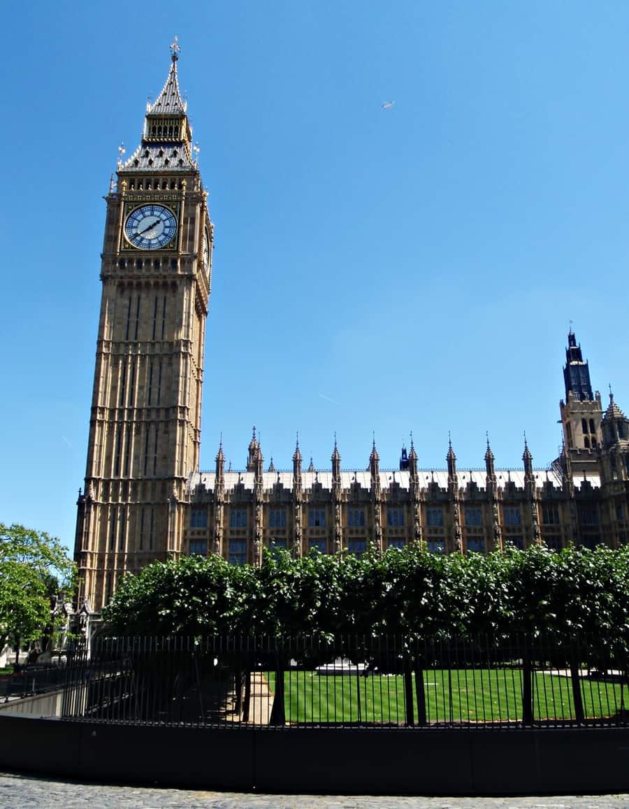London is Beautiful, Big Ben
