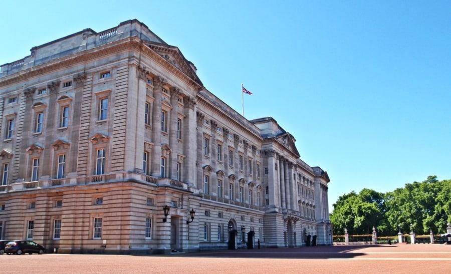 Buckingham Palace London is beautiful