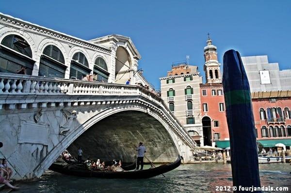 Ponte di Rialto Bridge Venice