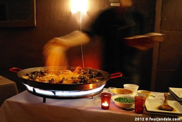Paella cooking class Barcelona