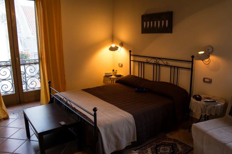 Hostels vs Hotels vs Apartments