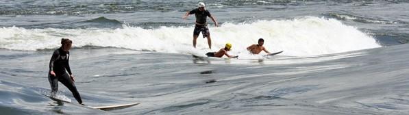 Outdoor activities in Montreal - Surfing