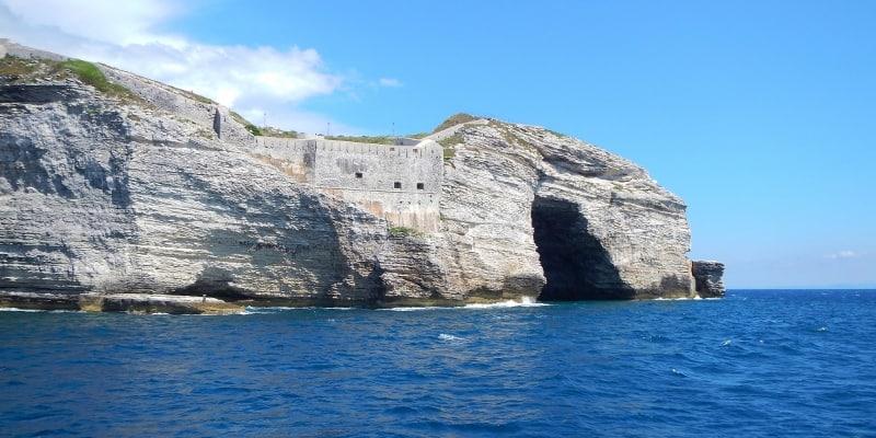 Bonifacio cave