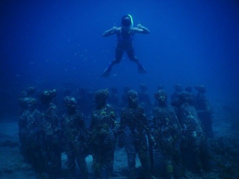 Grenada's Underwater Sculpture Park 00